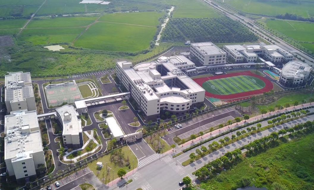 上海金山杭州湾双语学校