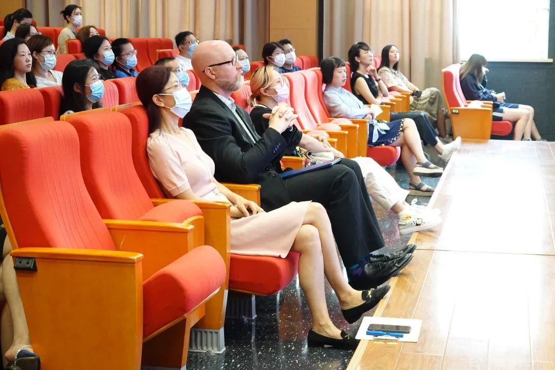 上海闵行区协和双语教科学校携手家长,共促孩子成长